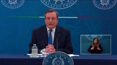 Draghi: riaperture? Non ho una data, dipende da dati e vaccini