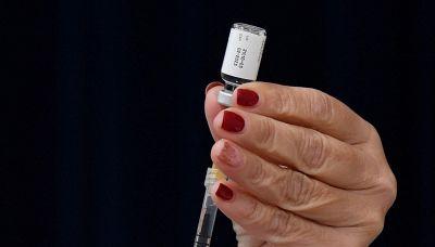 Vaccini Covid e morti, i dati nel nuovo rapporto AIFA