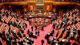 Vitalizi, stop alla sospensione per i parlamentari condannati