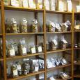 Green Utopia Shop Scaffali