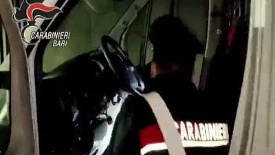 Trani, ritrovato il furgone rubato e gli attrezzi della nazionale di calcio in carrozzina