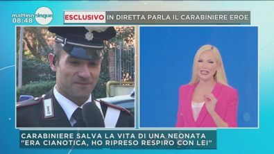 Carabiniere salva la bimba che soffoca