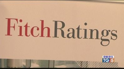 L'allarme di Fitch, il monito del Quirinale