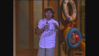 Maurizio Milani sul palco di Cabaret per una notte 1988