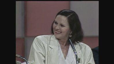 Lucia Bosè ospite al Maurizio Costanzo Show 1985