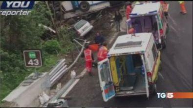 Tir contro un cantiere: Savona, morti 2 operai