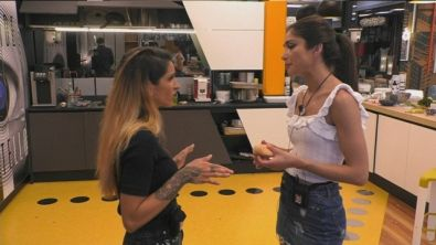 """Erica su Jessica: """"Non mi dai di leggera!"""""""