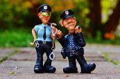 Mentire alla polizia: quando non è reato