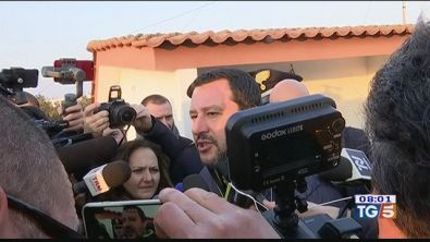 Salvini, no al processo Grillo contestato