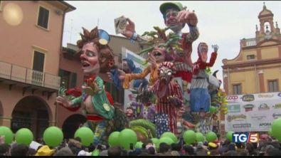 Turismo di Carnevale con il vento in poppa