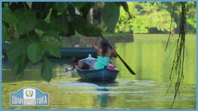 Navigando sul Rio Dulce in Guatemala