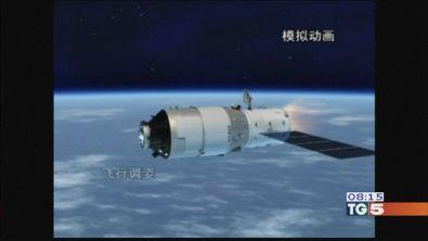 Caduta satellite attesa e precauzioni