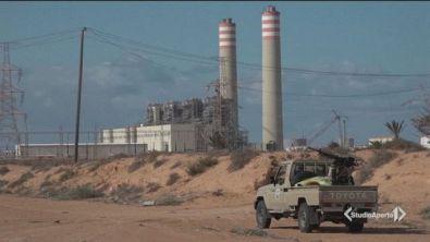 Haftar blocca l'export di petrolio