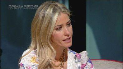 """Elena Santarelli: """"Giacomo è stato vittima di bullismo"""""""