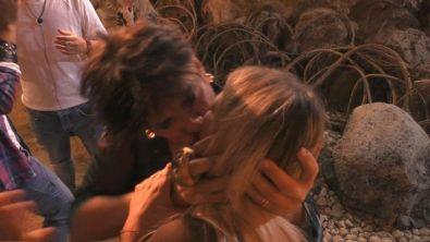 Ivan bacia tutte