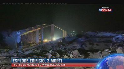 """Breaking News delle ore 09.00: """"Esplode edificio, 3 morti"""""""