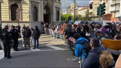 A Milano la protesta degli ambulanti, traffico in tilt