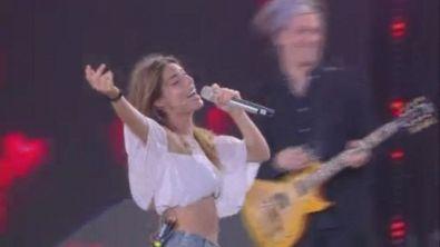 "Bianca canta ""Ora esisti solo tu"""
