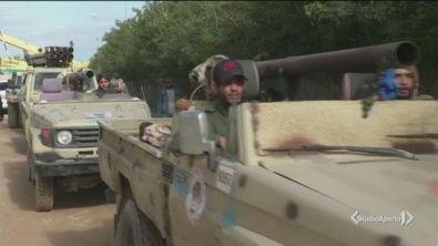 Libia, l'embargo farsa sulle armi