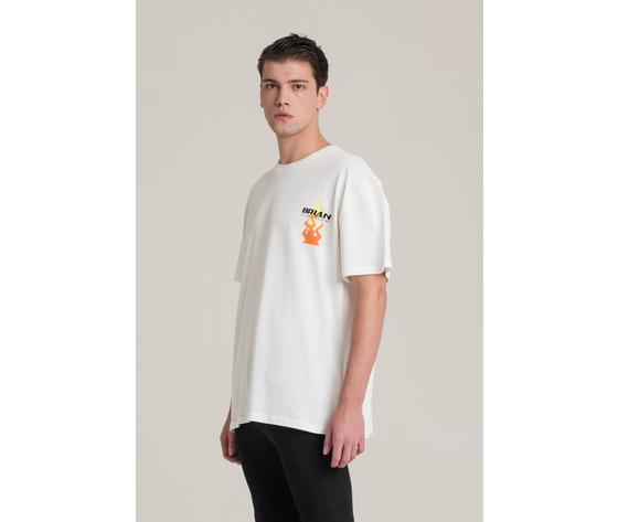 T shirt i'm brian bianca oversize con stampa fiamme art. ts1430 1